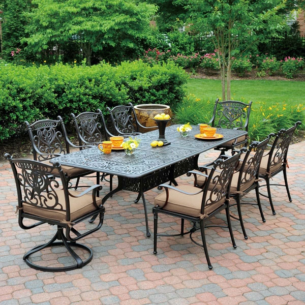 Traditional aluminum outdoor dining set - dining table with 6 side chairs and 2 arm chairs.